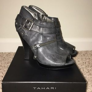 Open toe Guess ankle boots